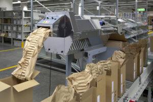 Fest in die Supply Chain eingebunden: Die Packmaster von Easypack