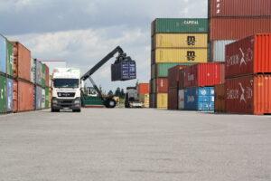 Veranstaltungsort: Containerdepot Kloiber im GVZ Region Augsburg (Download Doppelklick)I